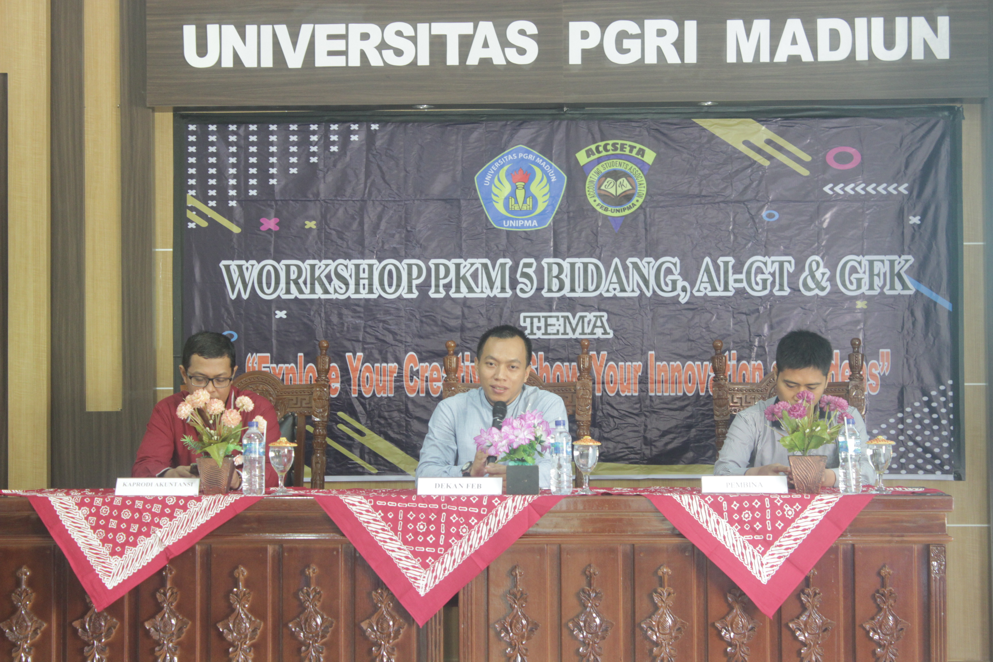 Workshop Program Kreativitas Mahasiswa (PKM) 5 Bidang dan AI-GT