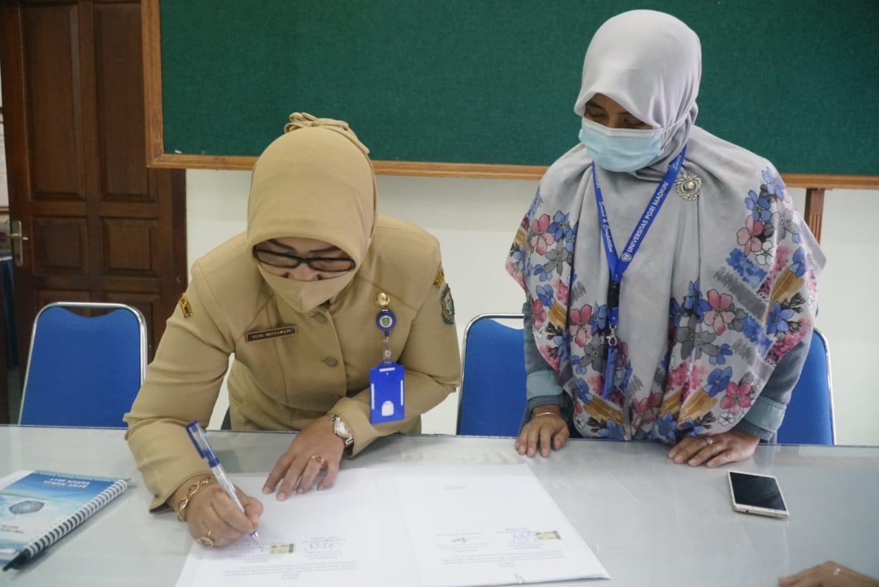 Penandatanganan MoU dan MoA antara Fakultas Hukum Prodi Hukum dengan TPPKK Kota Madiun.