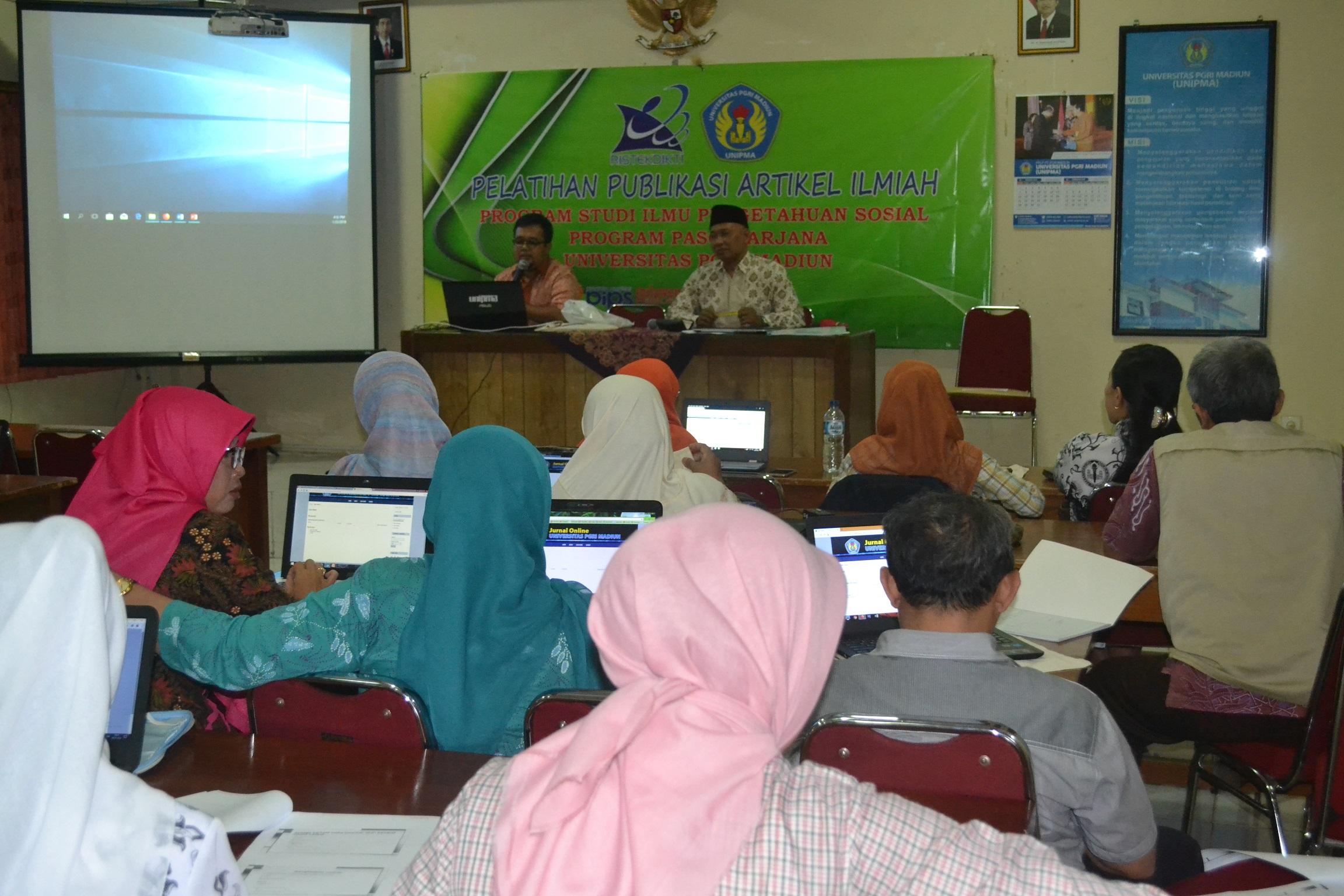 Pelatihan Publikasi Artikel Ilmiah Mahasiswa S2 Pendidikan IPS