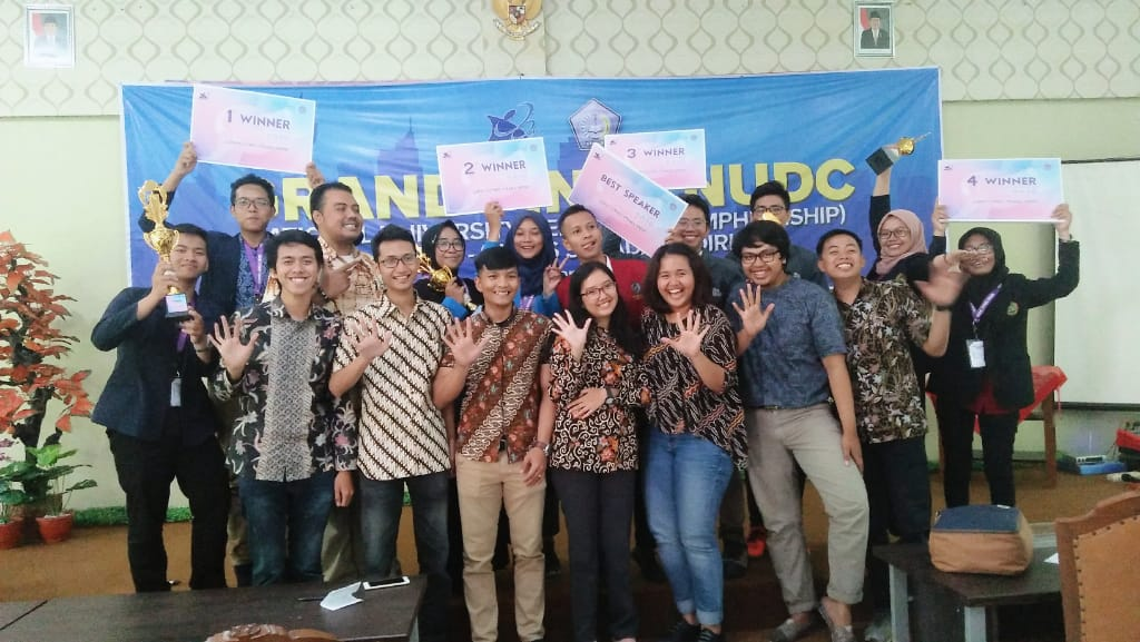 Juara II NUDC (National University Debating Championship) LLDIKTI